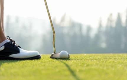 golfer spiked spikeless